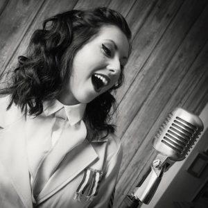 Rebecca Jayne Vintage Singer